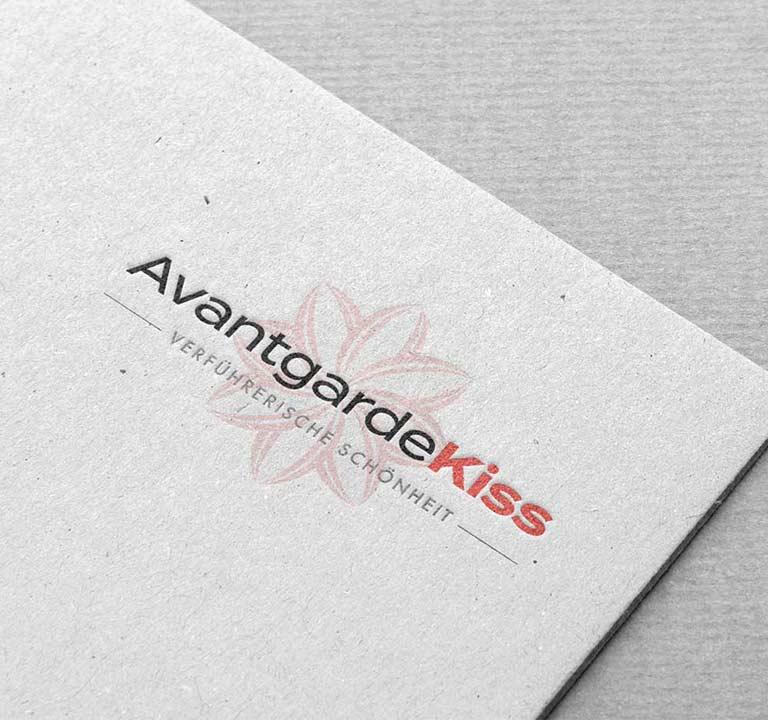 True Creative Agency Logo-Design Kosmetik: Fragen Sie jetzt an. Wir verleihen auch Ihrem Unternehmen ein zeitloses Gesicht!