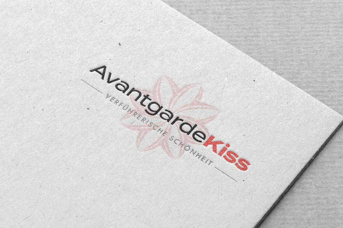 Logo Design, Firmenlogo, Logo-Design Wien, Logo Design Wien, Logo erstellen lassen, Logo Inspiration, Logo Cosmetic, Logo Beauty, Avantgarde Kiss